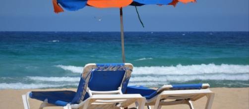 Bien choisir son parasol pour profiter de l'été à l'ombre ... - parasols.fr