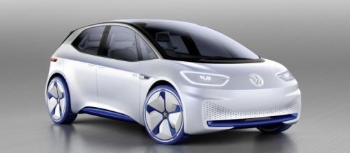 La Volkswagen taglia 30 mila posti per far spazio agli investimenti sull'elettrico