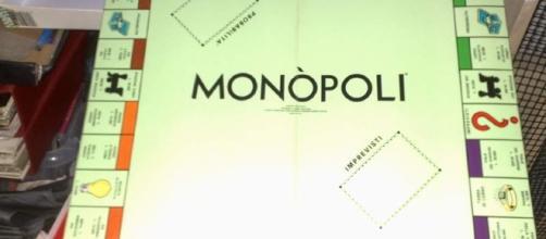 Monopoli, Risiko, Cluedo e Trivial: i giochi da tavolo non ... - barinedita.it