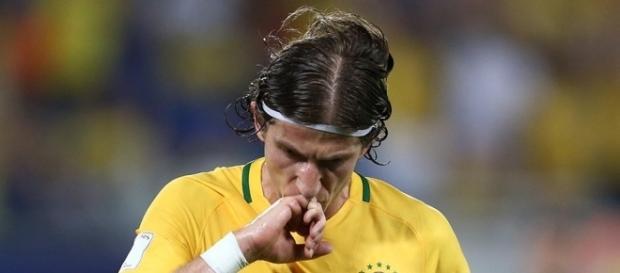 Filipe Luís assume o lugar de Marcelo na partida contra o Peru