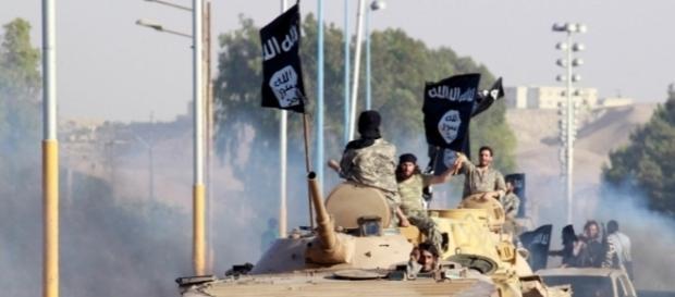 Miliziani jihadisti in Iraq nel periodo in cui l'Isis aveva raggiunto la sua massima espansione