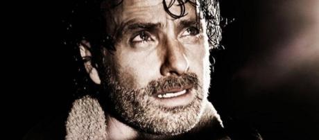 The Walking Dead Season 7 Premiere Spoilers, Review & Recap ... - cosmicbooknews.com