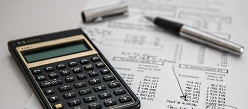 Che cos'è la gestione separata INPS? Chi è obbligato a iscriversi alla gestione separata? Scopri le aliquote contributive 2016. Massimale e minimale.