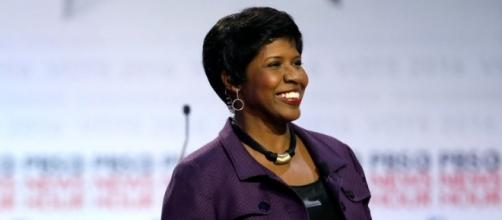 Gwen Ifill, Host Of 'Washington Week', 'PBS Newshour', Dies : The ... - npr.org