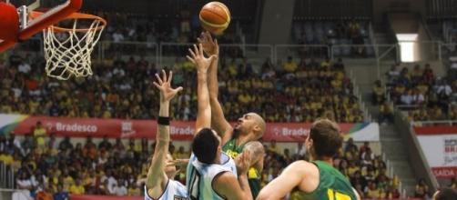 Seleção Brasileira de Basquete em disputa pelos jogos olímpicos Rio 2016