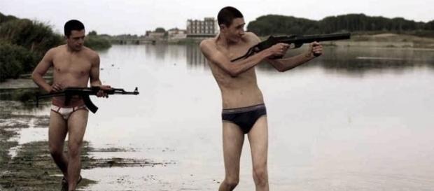 Gomorra - archimedefilm.it Già nel film di Matteo Garrone gli adolescenti erano protagonisti.