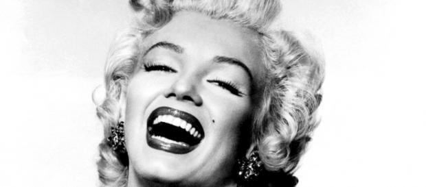 Marilyn (parte 2) : La sofferenza nascosta da sorriso e bellezza ... - riflessistorici.com