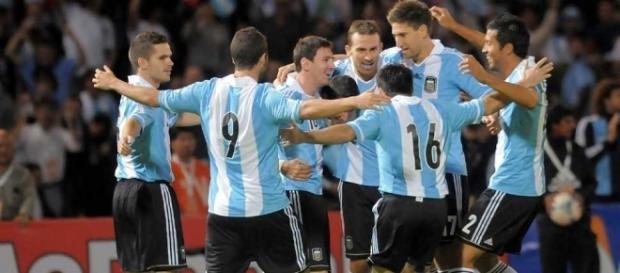 Qué país tiene mejor fútbol: Argentina o Uruguay? - Taringa! - taringa.net