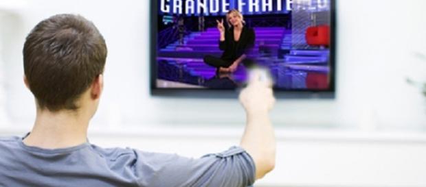Stasera in tv, programmi del 14 novembre 2016.