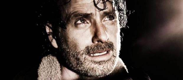 The Walking Dead Season 7 Premiere Spoilers, Review & Recap ... - cosmicbooknews.com