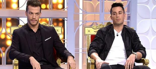 Xavi y Diego en sus tronos en MYHYV.