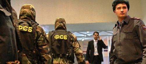 Gli uomini delle forze di sicurezza del Cremlino