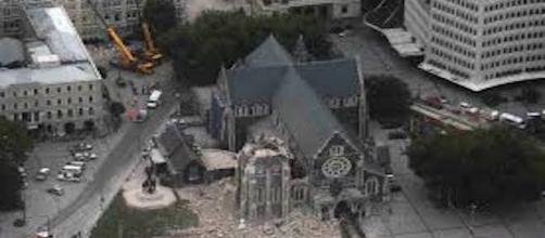 La catedral de Christchurch quedó muy afectada por las numerosas réplicas.