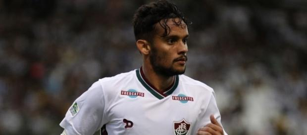 Gustavo Scarpa foi o principal jogador do Fluminense, apesar do pênalti desperdiçado no fim da partida