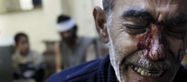 Mais de 300 mil pessoas já morreram na guerra civil da Síria (Foto: Reprodução)