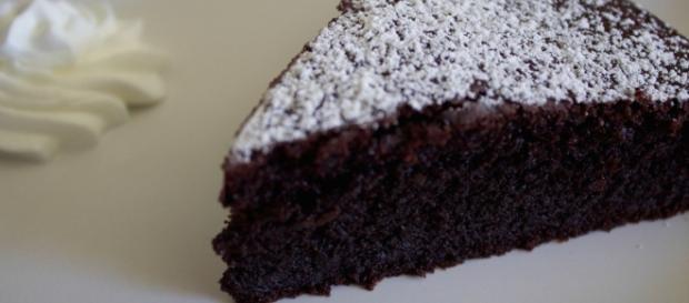 Torta morbida al cioccolato ricotta e gocce di cioccolato