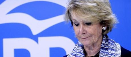 Esperanza Aguirre, más de 30 años dedicada a la política - lavanguardia.com