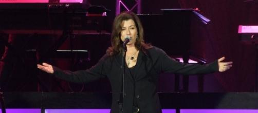 Amy Grant performing in Nevada via Wikimedia Commons