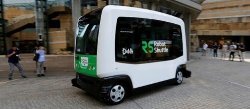 Primo test in Giappone per il Robot Shuttle, primo autobus robot al mondo