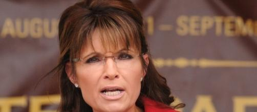 Sarah Palin Defends Hank Williams Jr. and His Obama-Hitler Reference - bet.com