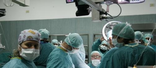 Tumori: sciolto il cancro in 10 minuti