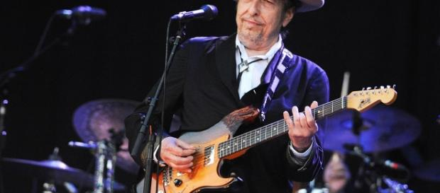 Bob Dylan Sets Fall Tour Following Desert Trip Mega-Fest - Rolling ... - rollingstone.com