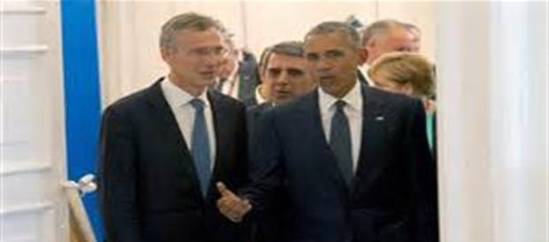 Obama insieme a Stoltenberg durante un incontro ufficiale