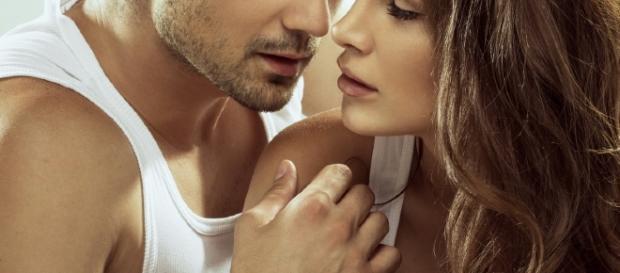 Sinais que os homens querem apenas um relacionamento sexual.