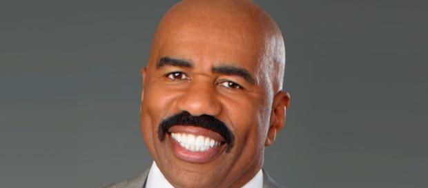 Steve Harvey is launching another talk show - Photo: Blasting News Library - reddit.com