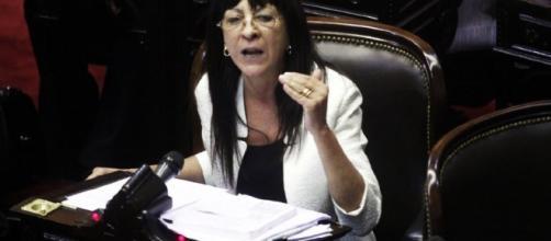 Diana Conti discutiendo en Diputados