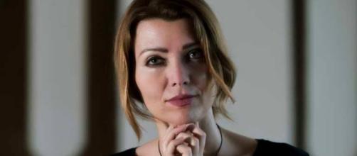 Elif Shafak: The art of storytelling - theothertour.com