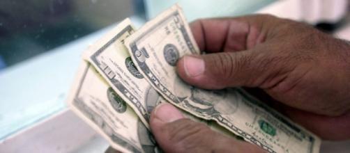 Las nuevas reglas de las remesas familiares para los mexicanos en Estados Unidos