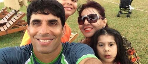 Misbahul haq with family (Twitter)