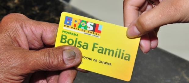 Bolsa Família é atacado até hoje por opositores