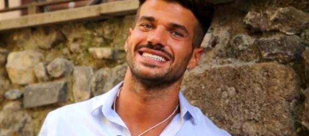 "Claudio Sona, parla il tronista gay: ""Cerco l'amore nella sua ... - today.it"