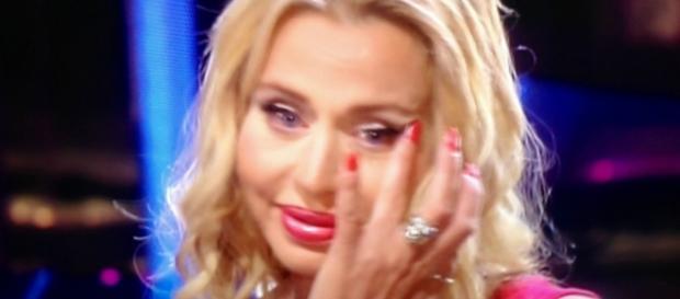 Valeria Marini contro Gigi D'Alessio