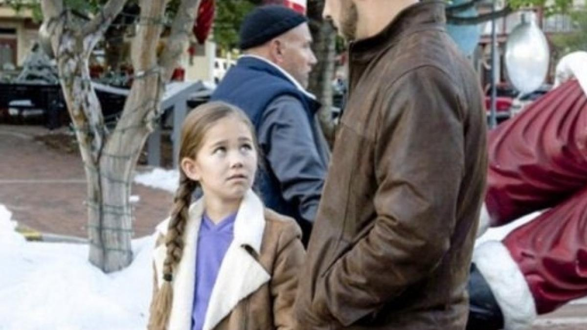 Christmas In Homestead Hallmark.General Hospital News Brooklyn Rae Silzer And Hannah