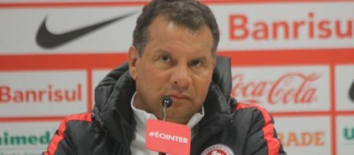 Celso Roth, agora ex-técnico do Inter