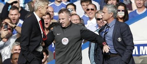 """Wenger: """"Non chiedo scusa"""". Mou: """"Ha sbagliato lui""""."""