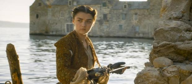"""'Game of Thrones' protesta contra """"haters"""" em cena deletada da sexta temporada"""