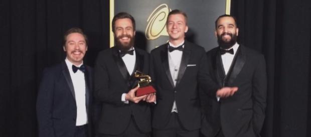 Scalene na premiação do Grammy Latino