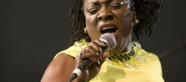 Big-voiced Dap-Kings soul singer Sharon Jones dies at 60 - The ... - bostonglobe.com