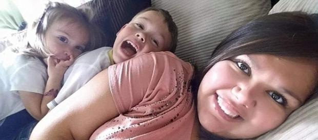 Mãe mata dois filhos depois do marido pedir o divórcio (foto: Facebook)