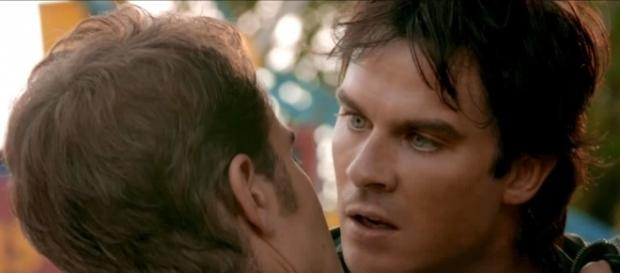 The Vampire Diaries 8x05: Stefan tenta parar Damon (Foto: CW/Screencap)