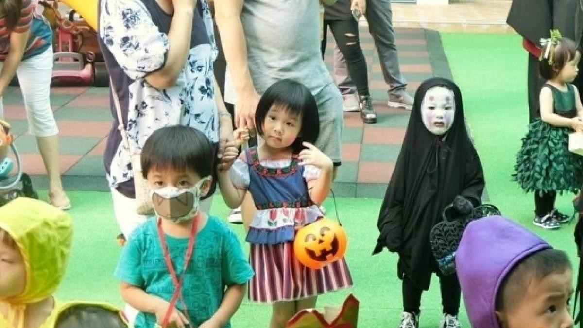 halloween hits the asian with powerful costumes and big parties