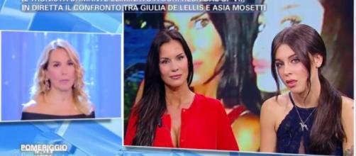 Barbara D'Urso Antonella Mosetti | Lite Pomeriggio 5 | VIDEO ... - giornalettismo.com