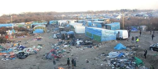 """Photo of the """"Jungle"""" refugee camp in Calais"""