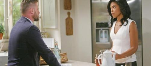 Rick e Maya discutono in cucina