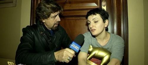 Tv e gossip Striscia la notizia, Tapiro D'oro ad Arisa: ecco perchè! - gentevip.it
