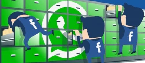 WhatsApp subisce l'influenza di Facebook